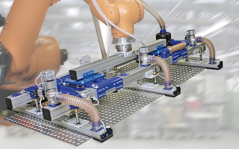 2012-05_schmalz_voll-flexibel-mit-vakuum_bild_6