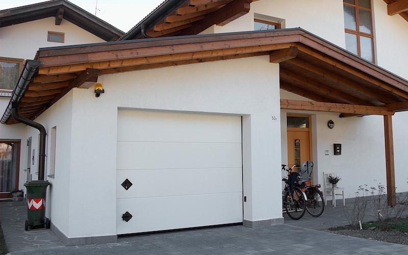 Persus manghi group for Portone garage usato