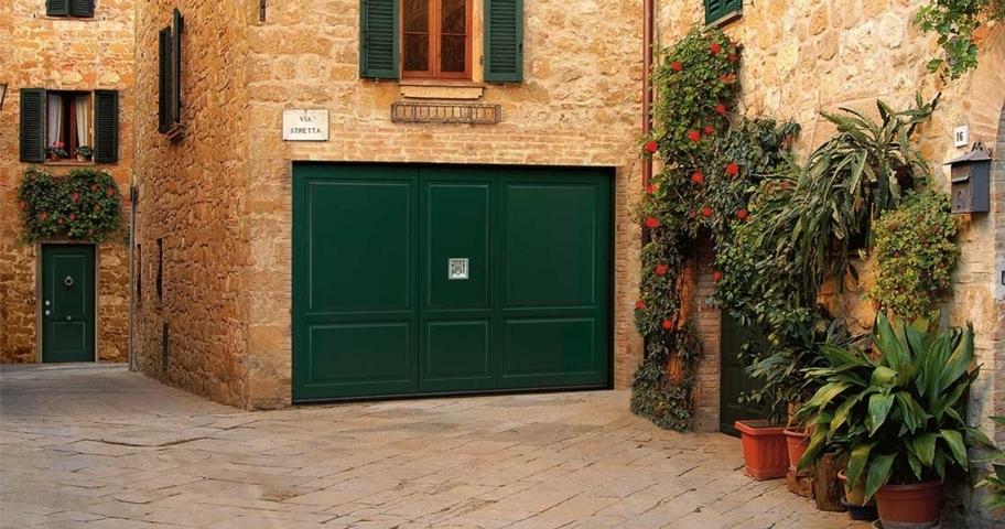 Portoni A Due Ante Per Garage Usato.Portoni Basculanti Blindati Manghi Group
